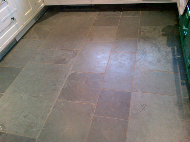 Slate Tiled Floor in Tring Bucks Before