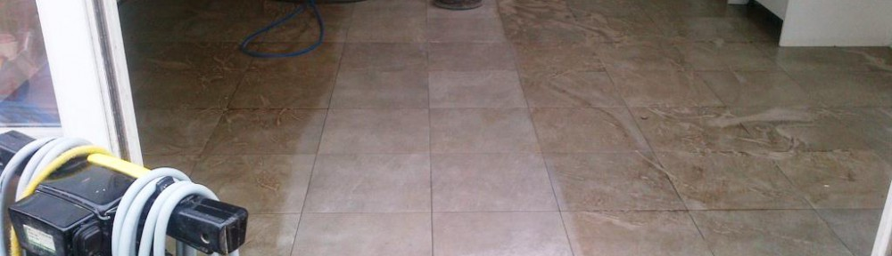 Cleaning Micro-Porous textured Porcelain Tiles in a Beaconsfield Kitchen Diner