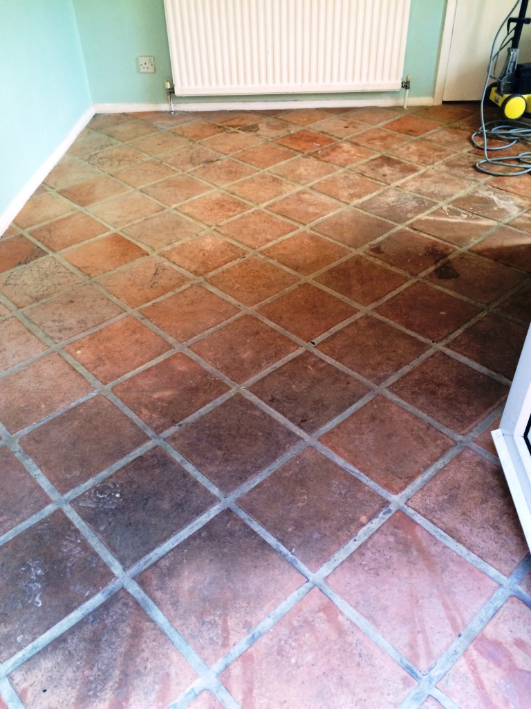 Terracotta Kitchen Tiled Winchmore Hill Before