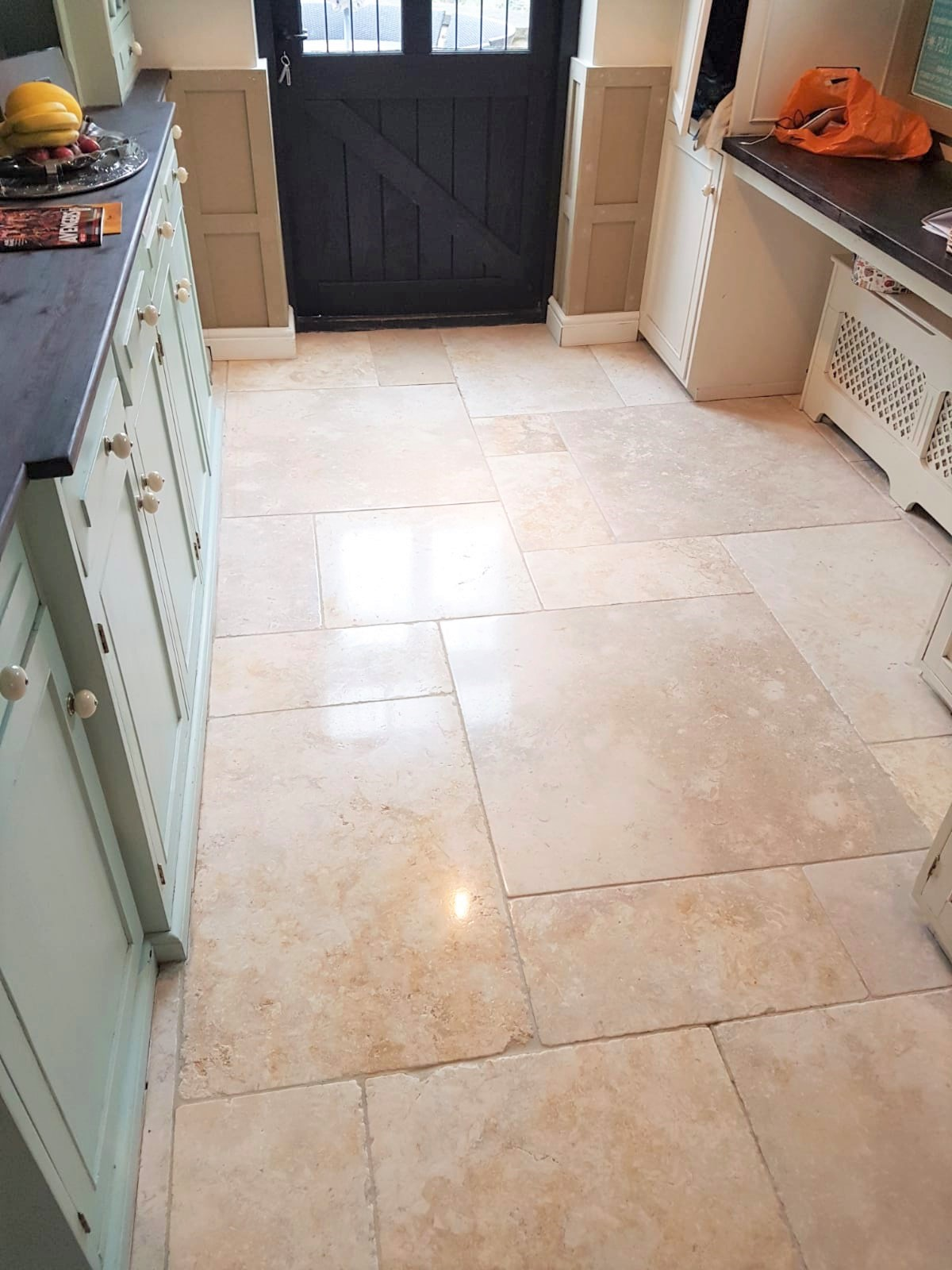 Limestone Tiled Kitchen Floor After Cleaning Knotty Green